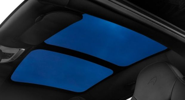 mso-defined-electrochromic-glazed-roof_mclaren-570gt_mid-tint.jpg